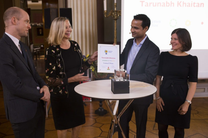 Tarunabh Khaitan receiving the Letten Prize. From left: Magnus Aronsen (Chair of the Young Academy of Norway), Borghild Roald (Chair of the Letten Prize Board), winner Tarunabh Khaitan and Katerini T. Storeng (member of the Letten Prize Committee)