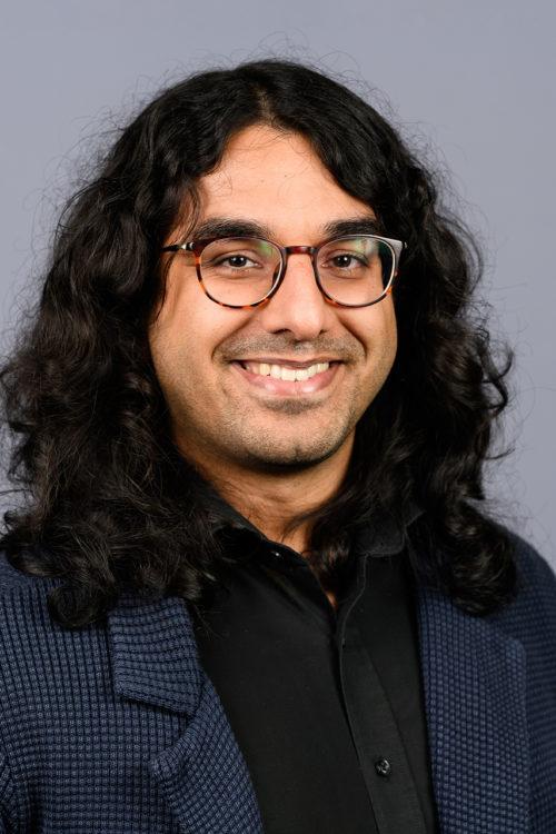 Fargeportrett Feroz Mehmood Shah